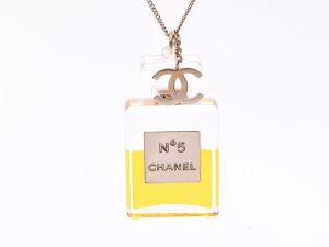 bac516166bbe シャネル] 中古 シャネル ネックレス №5香水モチーフ 2008年製 CHANEL ...